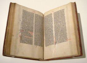 800px-Trotula_De_Ornatu_Mulierum_15th_century