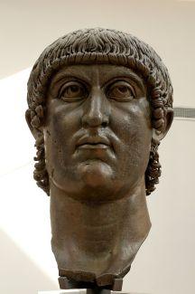 800px-Head_Constantine_Musei_Capitolini_MC1072