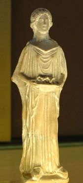 dama con peplo S.IV ac